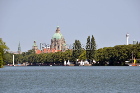 the maschsee in hanover with new