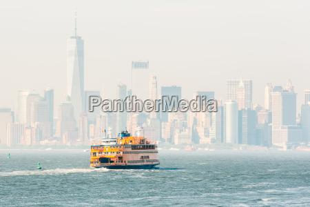 staten island ferry and lower manhattan