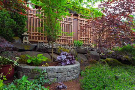 home garden backyard landscaping