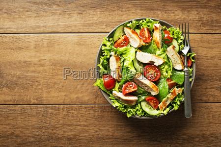 salad chicken