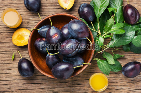 plum alcoholic beverage