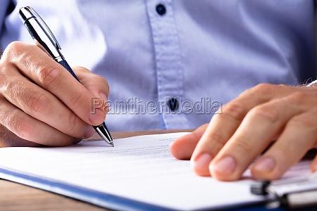 buero vertrag kontrakt abkommen abonnement unterschreiben