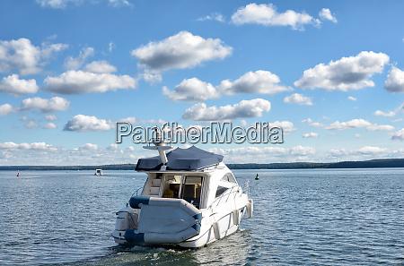 motorboot in mecklenburg seenplatte mecklenburg vorpommern