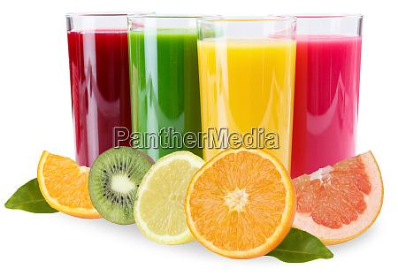 saft smoothies in glasfruechten orangen isoliert