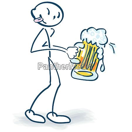 steckfigur mit einem grossen bierglas