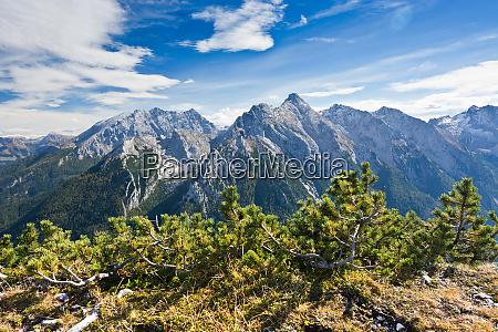 gipfel im herbst auf den alpen