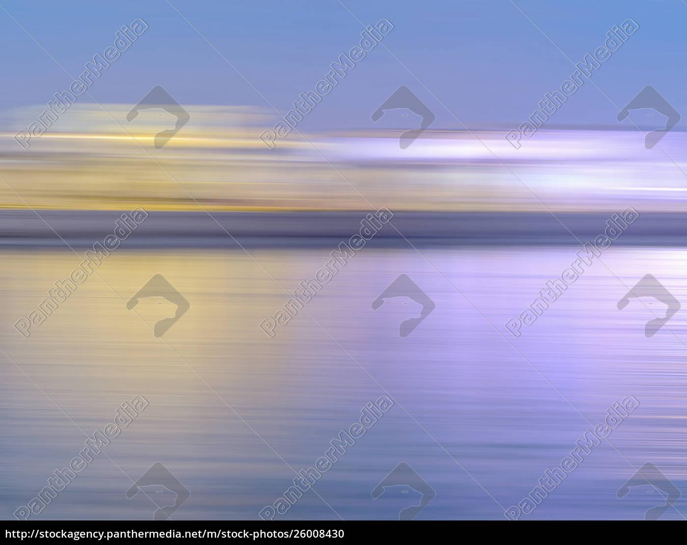 abstrakte, verschwommene, bewegungsgrenze, über, wasser - 26008430