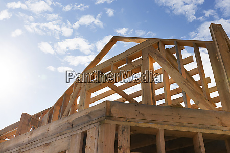 construction of a new frame house