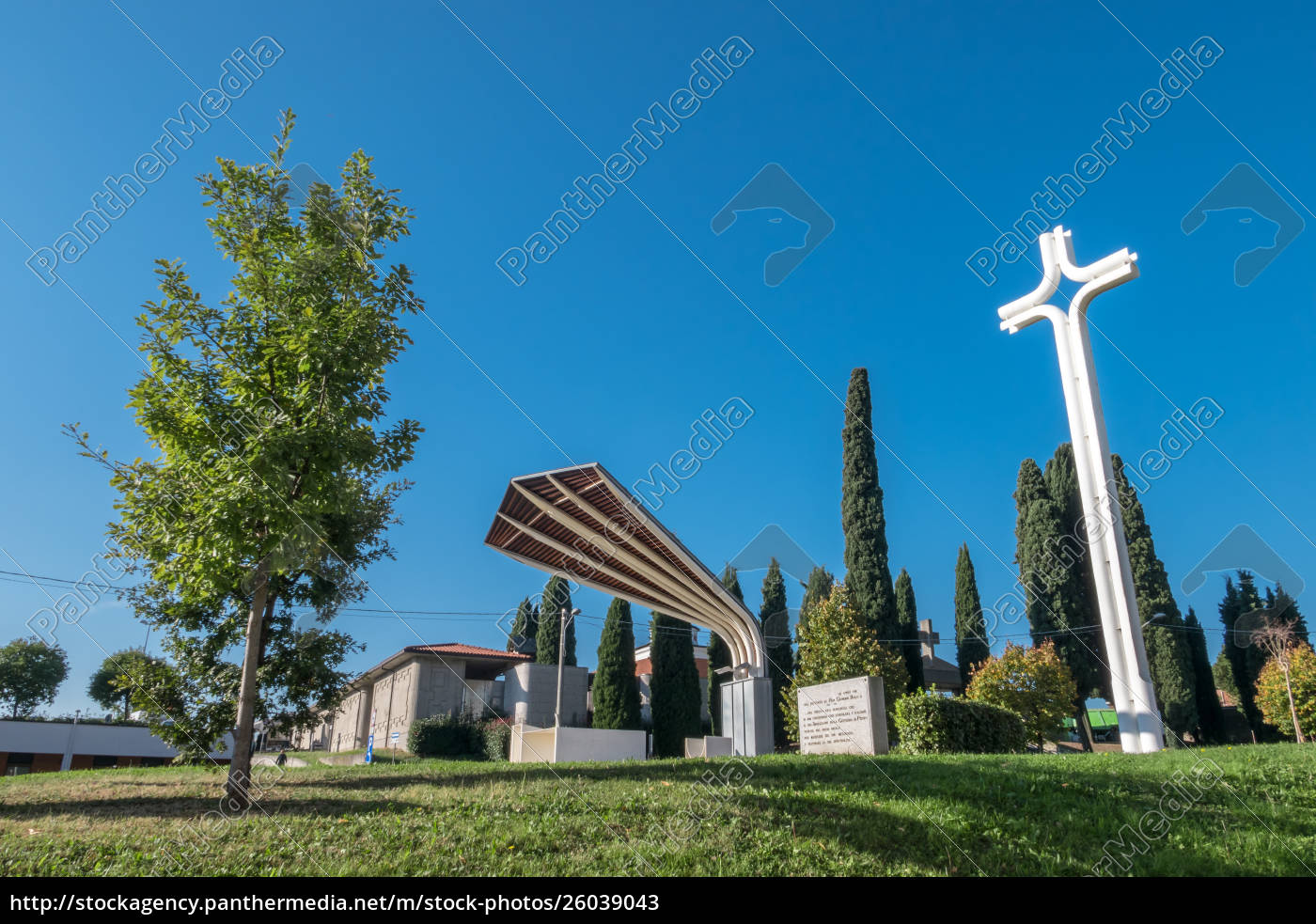 holy, altar, in, sotto, il, monte - 26039043