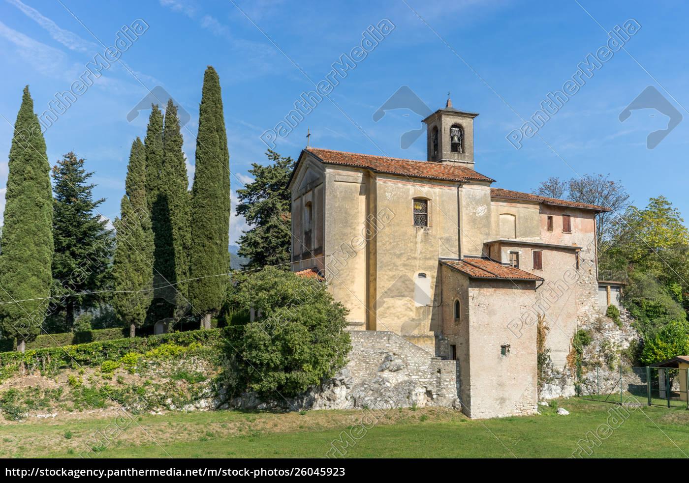 mittelalterliche, kirche, in, prabione, in, italien - 26045923