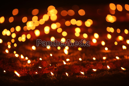 beautiful diwali lamps in lawn