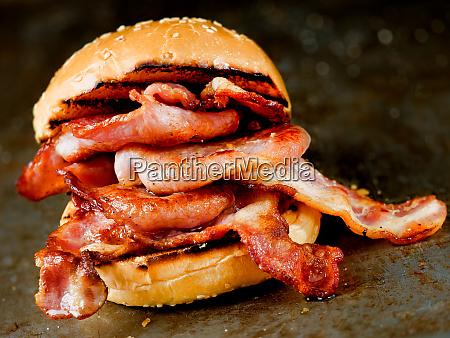 rustikale englische speck butty sandwich