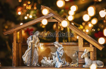 christmas manger szene mit figuren