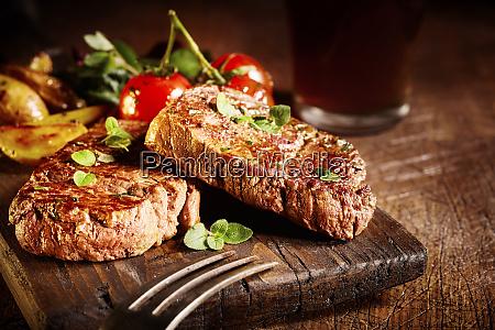 tender gourmet medallions of roasted beef