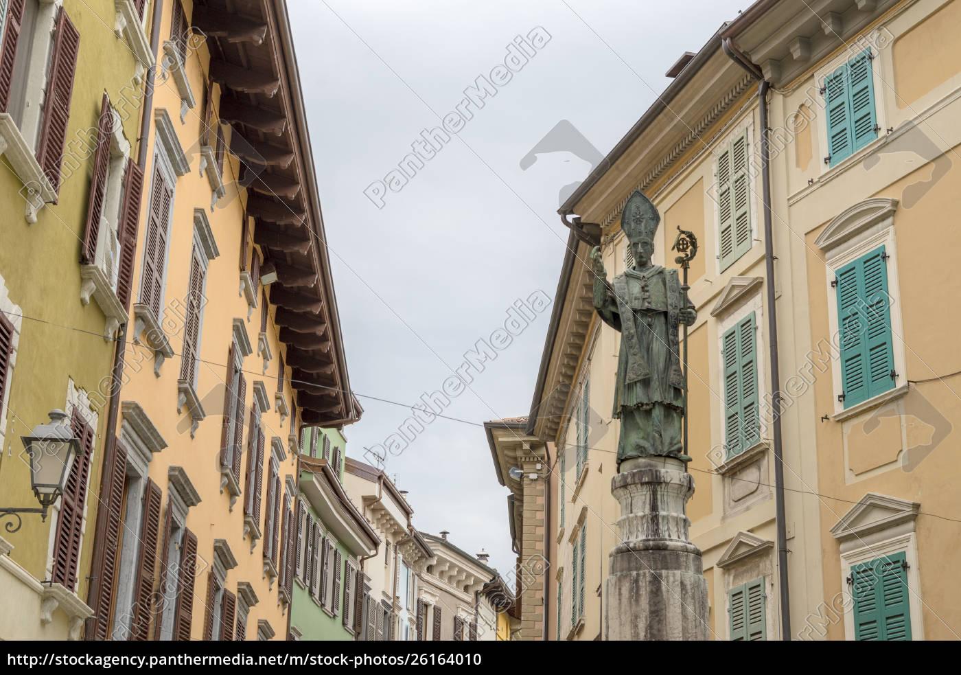 statue, of, the, city, patron, saint - 26164010