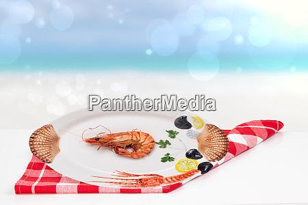 tischplatte auf meeresfruechte hintergrund ein frisch