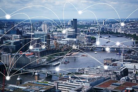 kluge stadt und verbindungsleitungen internet konzept