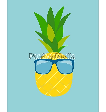 ananas in glaesern summer concept background