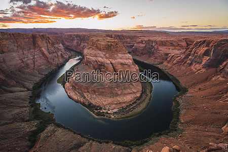 usa arizona bendhorse shoe at sunrise