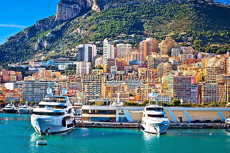 yachthafen monte carlo und farbenfroher blick