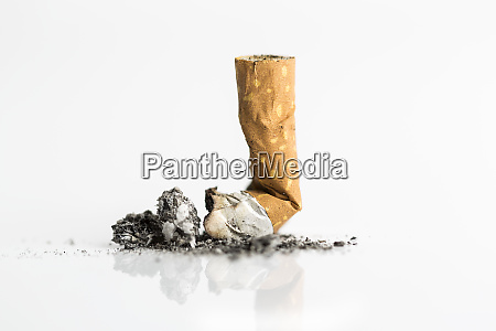 zigarette hintern aus naechster naehe