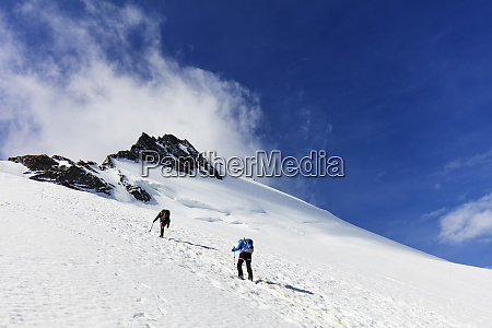 climbers on the dom 4535m zermatt