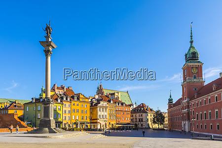 sigismunds column and royal castle in