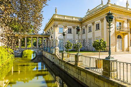 lazienki palace lazienki park warsaw poland