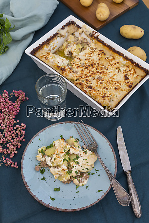 casserole of potato mincemeat gratin with
