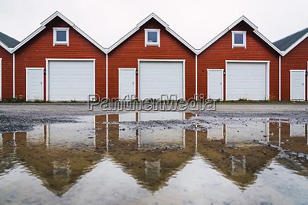 norway row of similar huts
