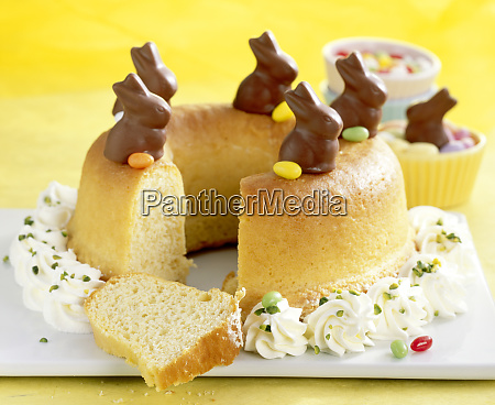savarin for easter with cream mini