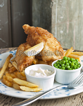 fish and chips peas and mayonaise
