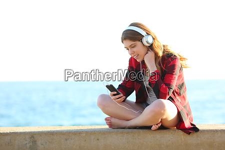 gluecklich teenage weibliche hoeren musik vom