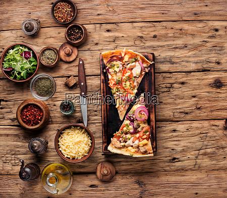 pizza italienische kueche