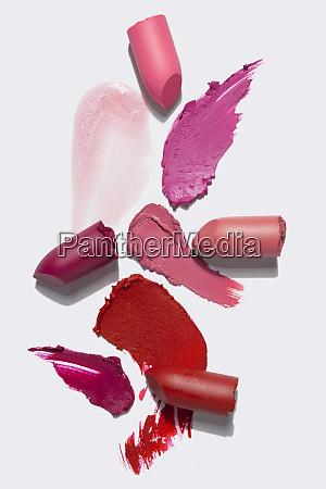 kreatives konzeptfoto der kosmetik swattet beauty