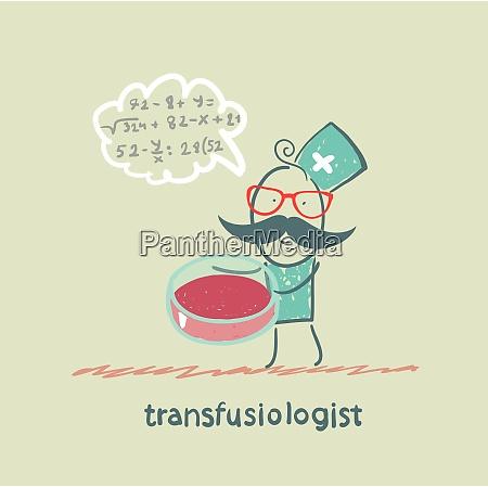 transfusiologe arbeitet an einer heilung von