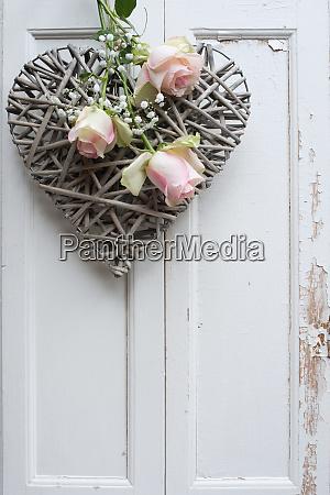 muttertag stillleben mit rosa rosen