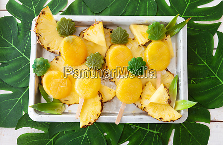 delicious pineapple popsicles