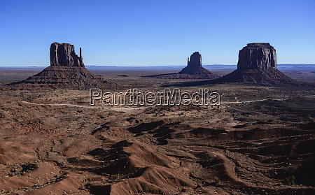 rock formations in monument valley arizona