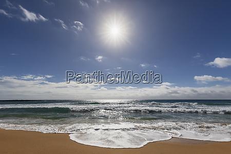usa hawaii kauai kealia beach agsinst
