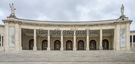 basilika, unserer, lieben, frau, vom, rosenkranz, heiligtum - 26932143