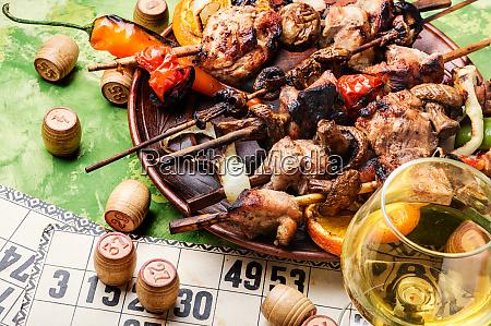 picknick mit grill und brettspiel