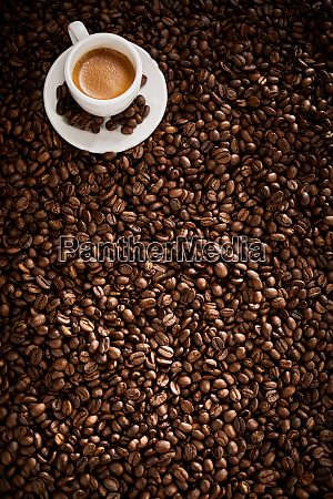 vertical panorama banner with roasted coffee