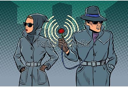 mann und frau geheimagenten spione