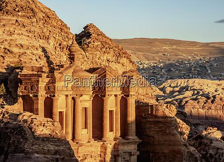 das, kloster, (ad-deir), petra, unesco-weltkulturerbe, ma'an, gouvernement, jordanien, naher, osten - 27050810
