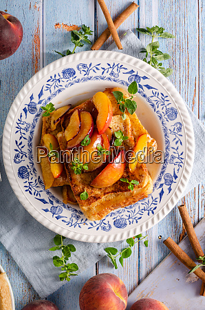 french toast with caramelized peach