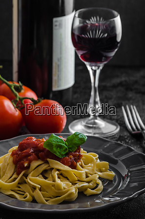 semolina pasta with spicy tomato salsa