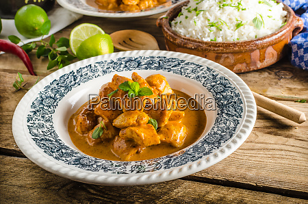curry chicken with rice