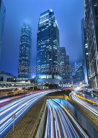 hong kong central ifc bei nacht