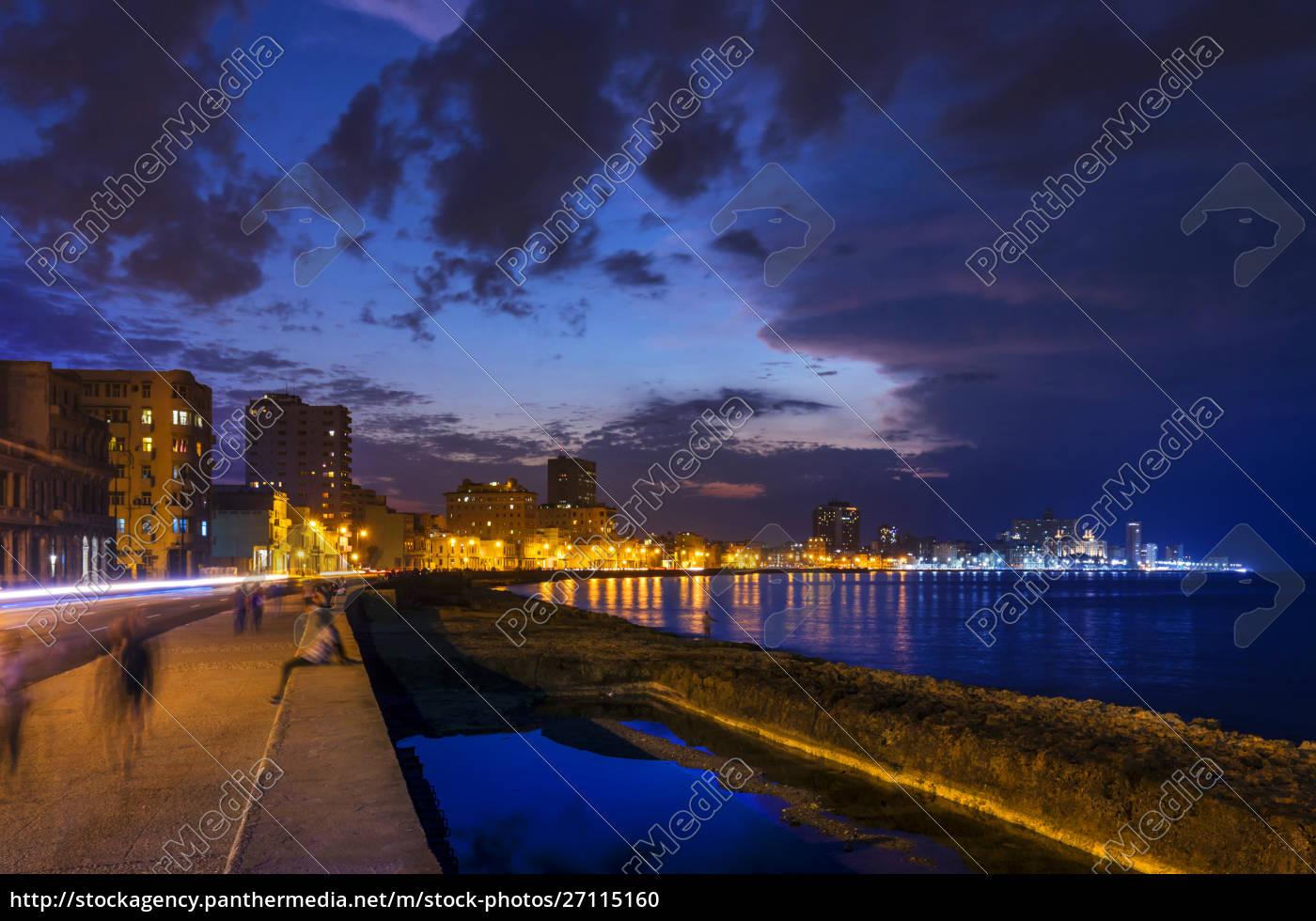 view, to, lighted, malecon, , havana, , cuba - 27115160